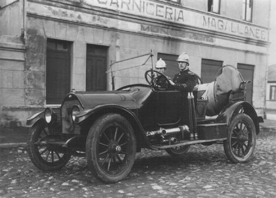 Overland fire vehicle 1918